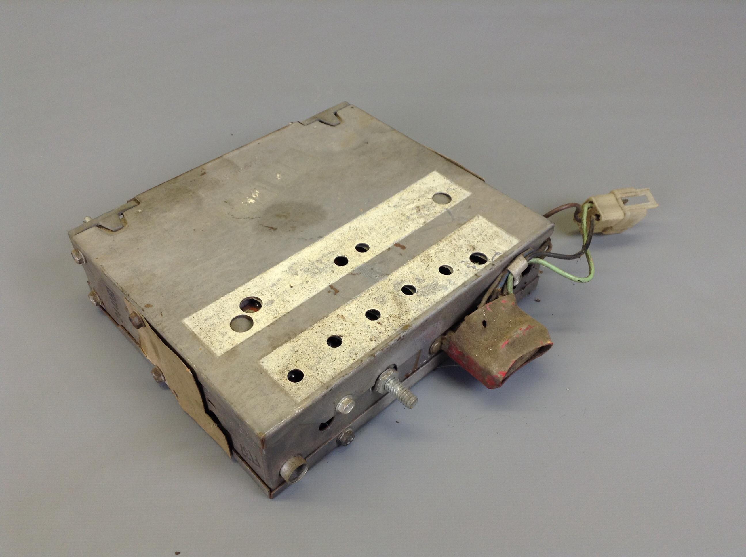 Am Fm Original Radio Scout Ii Pickup Travelall Working Used International Wiring